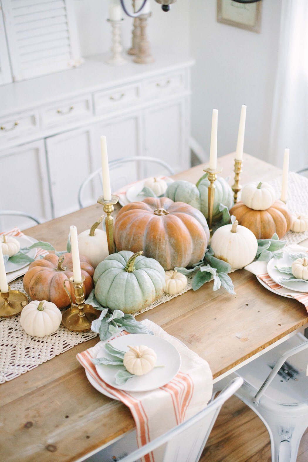 Fall dining tablescape