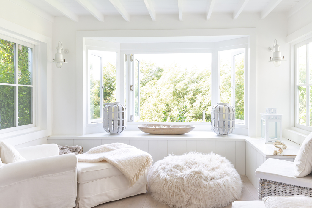 Bright Relaxing Space in Neutral Design